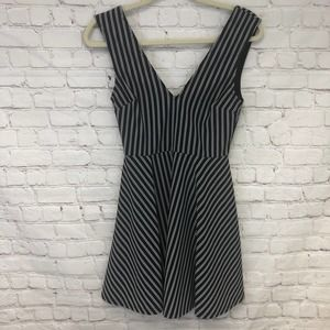 TRAC Sleeveless Fit and Flare Dress Size Small